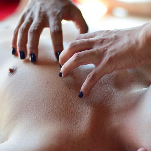 sensitive massagem tântrica