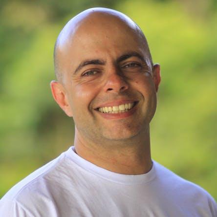 Rodrigo Francioli (Aashish Prem)